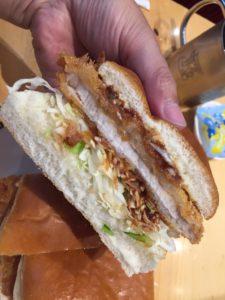 【コメダ珈琲】カロリーの高いカツパンでダイエット!カツパンの断面図
