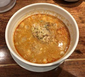 担々麺はカロリーは高いがダイエット中に食べてもOK!担々麺の紹介文。