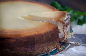 【りくろ―おじさんの店】チーズケーキはカロリーは高いがダイエット中に食べてもやせる!大阪の名物ケーキのお店!