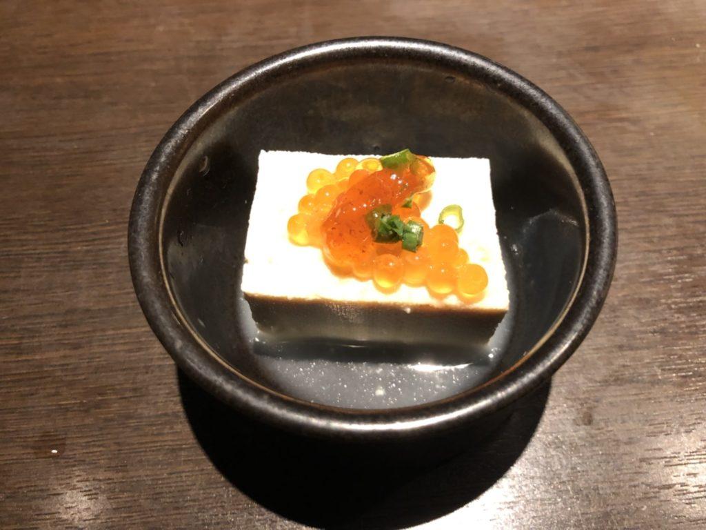 土間土間 道頓堀北店の出汁豆腐いくら添え