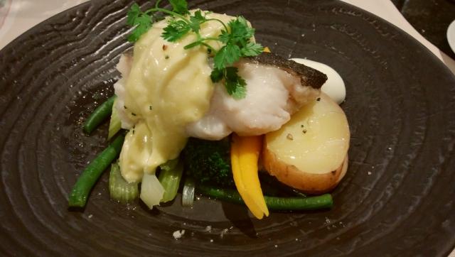 鱈のフレンチ料理の写真。