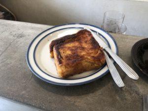 エウカカウンターのフレンチトースト